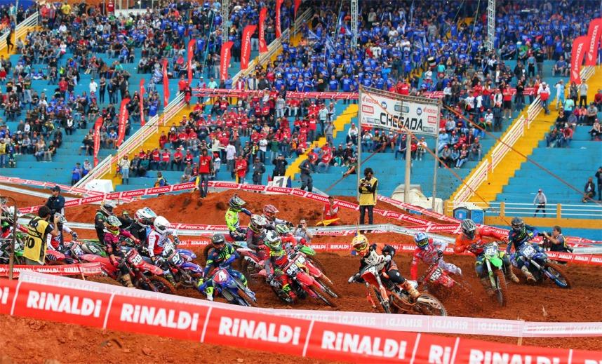 proimages/news/20180914_IMS/Largada-MX2-Motocross-Extrema_MG.jpg